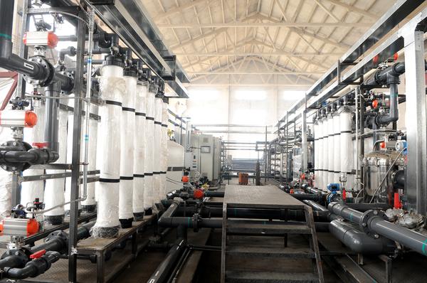 礦泉水設備.JPG